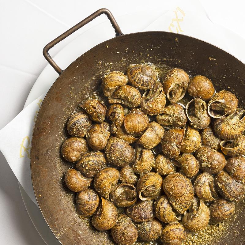 el racó del cargol plato de caracoles