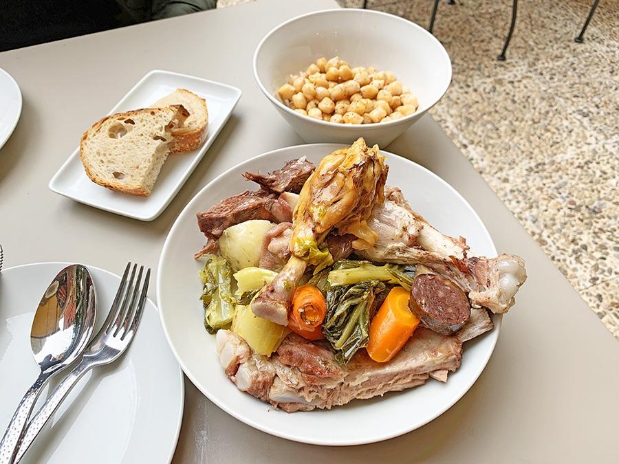 Amaica Restaurant carn d'olla