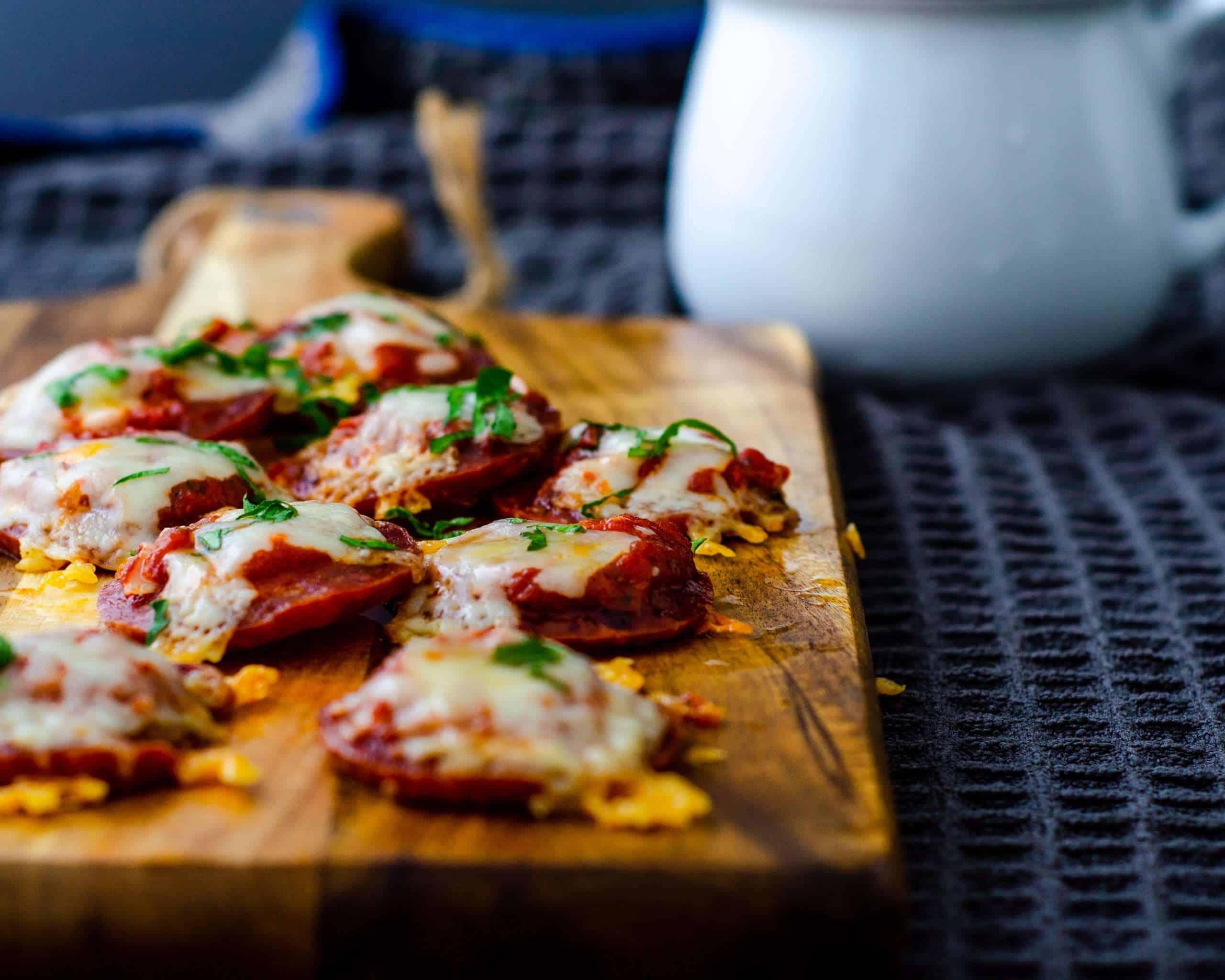 Low Carb Mini Salami Crust Pizza