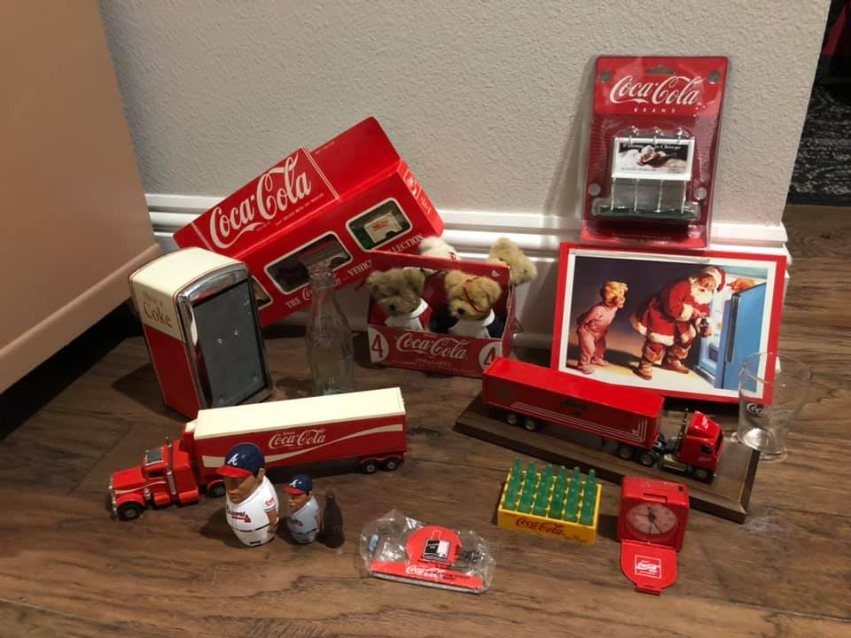free-coca-cola-christmas-truck-toy