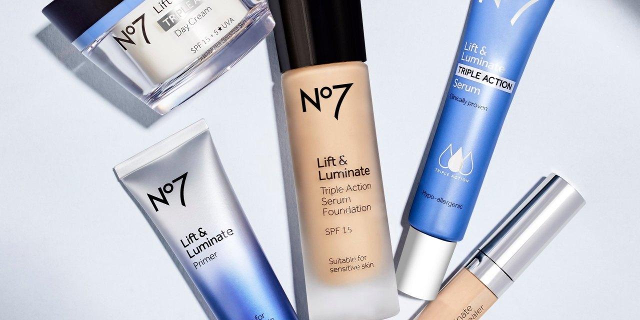 Free No7 Lift & Luminate Primer