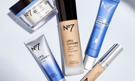 Free No7 Lift & Luminate Primer