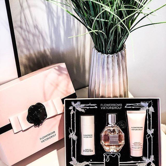 Free Viktor&Rolf Perfume Bundles Box