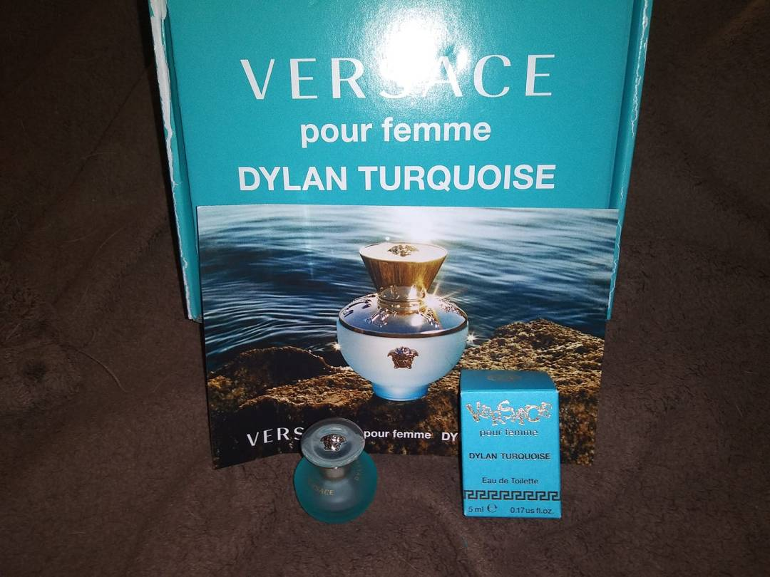 free-versace-perfume