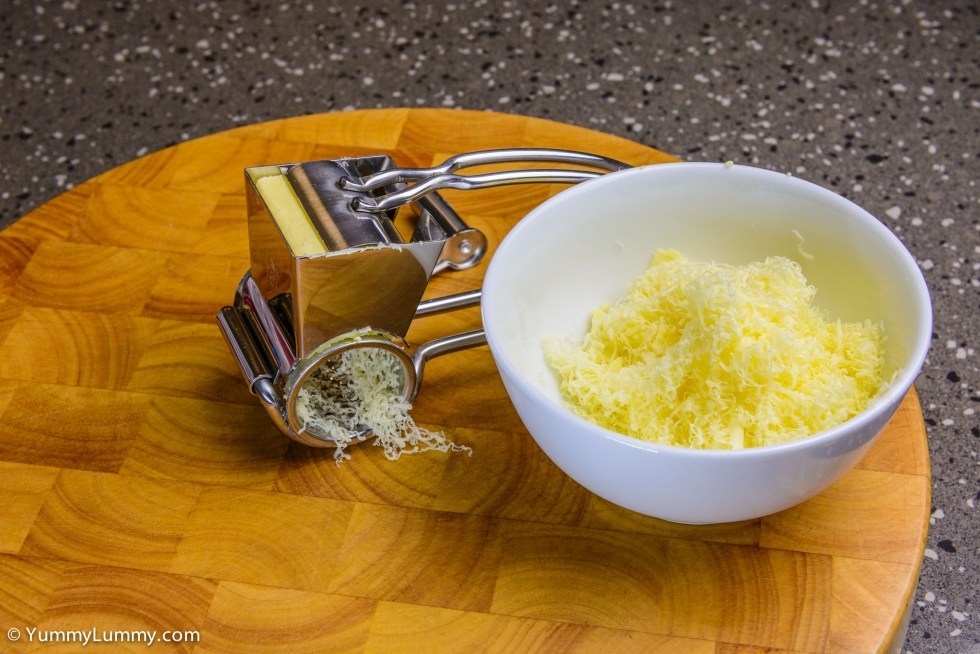 Grated tasty Coon cheese