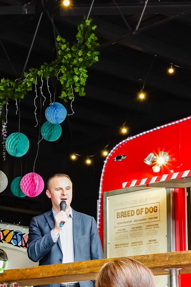 This is a photograph of the Chief Minister giving a short sharp speech to open Eat Drink Blog 6 in Canberra at The Hamlet