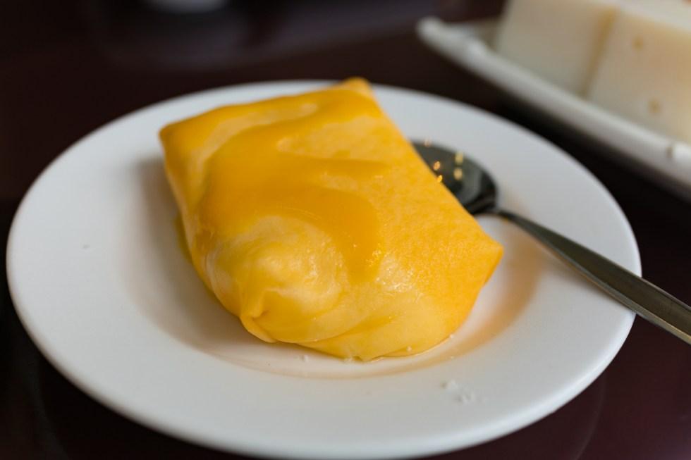 Mango omelet