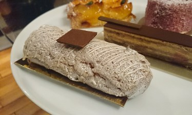 Eclair from Cafe Pouchkine. It was filled with a Russian cheese cream. We didn't find it tasting very special.