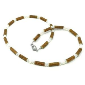 YumNaturals Emporium - Bringing the Wisdom of Mother Nature to Life - Freshwater Pearl Hazelwood Necklace_1