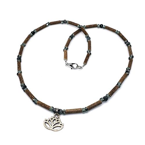 YumNaturals Emporium - Bringing the Wisdom of Mother Nature to Life - Hazelwood Labradorite With Lotus Flower Bead 1