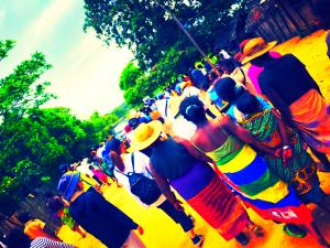ペリタニー村の人々