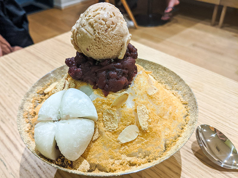 pat bingsu en dessert au restaurant sinabro