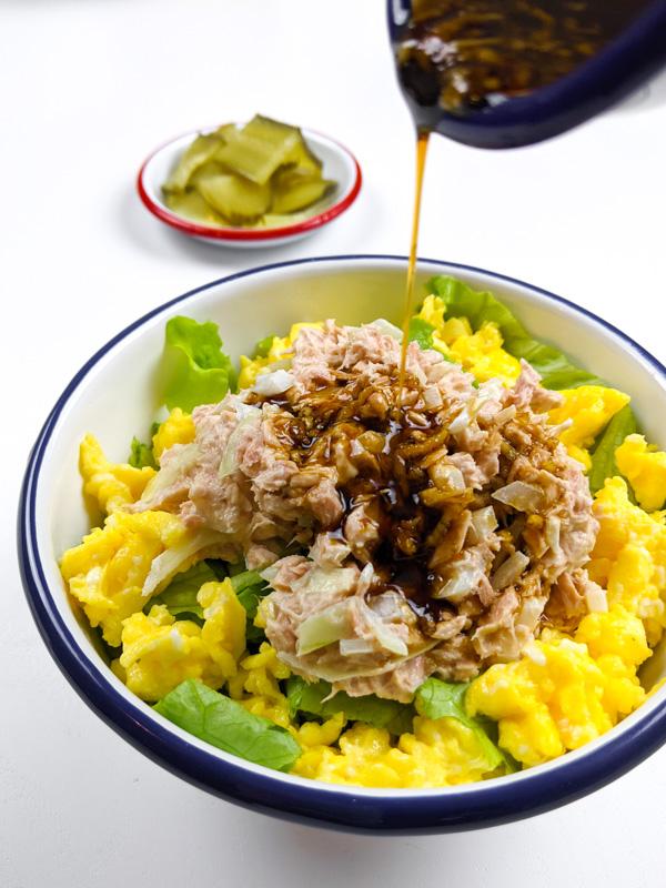 bibimbap au thon oeuf et salade