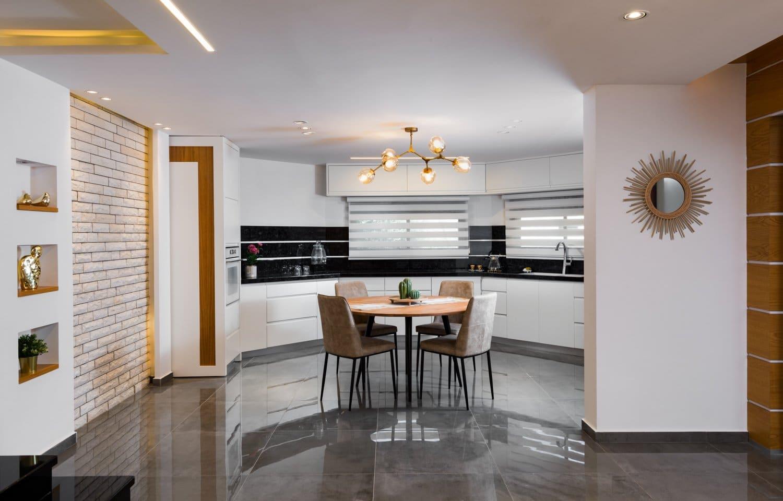 עיצוב פינת האוכל וחלל המטבח