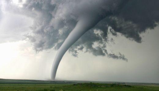台風と竜巻の違いは?太陽熱と冷気と暖気が大きく関係している?