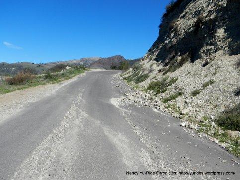Happy Canyon-fallen rocks
