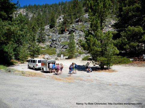 CA-88 W hiking group