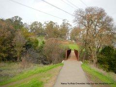 path to hidden valley park