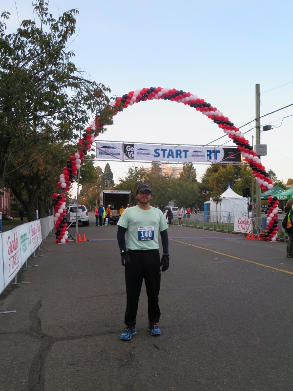 Yuri at the Victoria Marathon start line