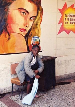 Yuri Martins Fontes / Cuba-2002 / Havana: Bar no bairro de Vedado