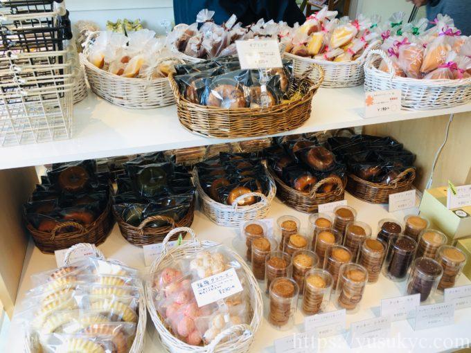 ギブリの焼き菓子売り場