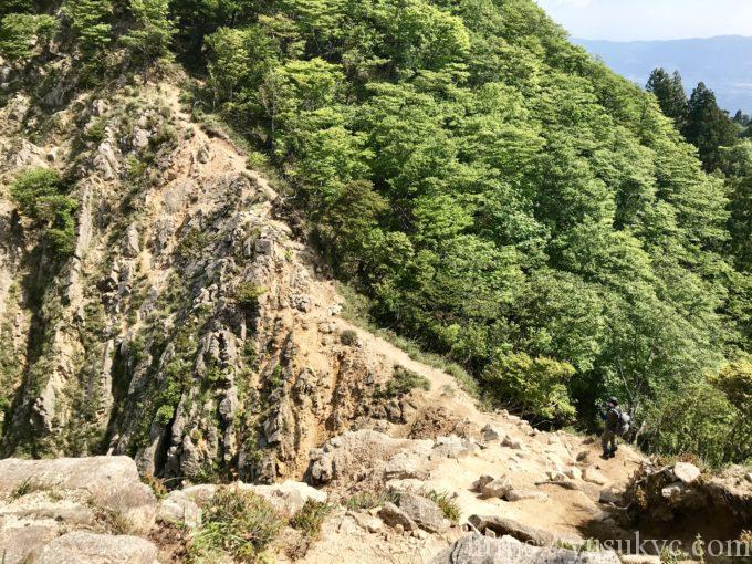 釈迦ヶ岳 大ガレ