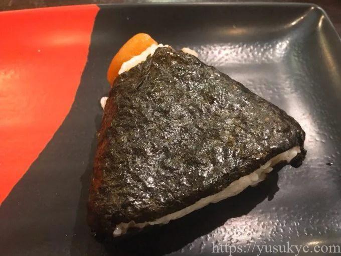 伊予製麺のメニュー(梅おにぎり)