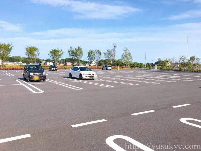 にぎわいの森の駐車場