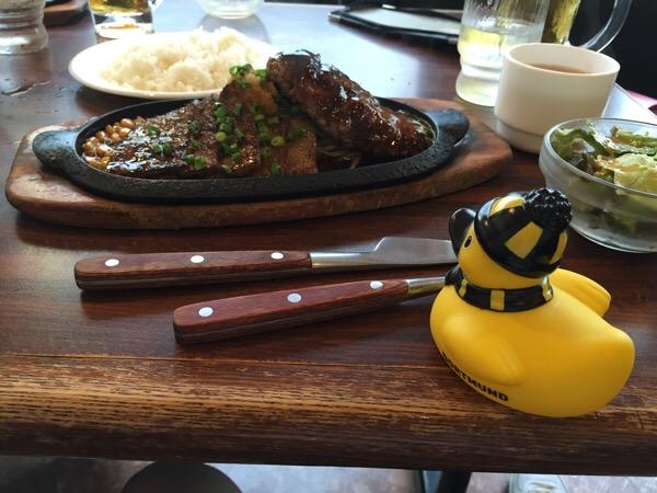 東京で朝から肉食ったっていうだけのブログ