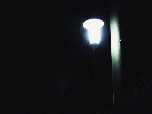 ひと際光る灯り