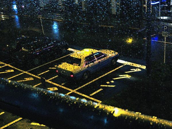 休憩中のタクシー