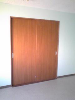 工場間仕切り工事引き違い内装ドア