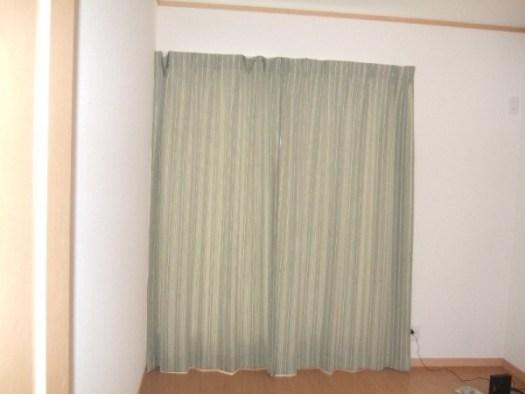 サンゲツカーテン予備室に