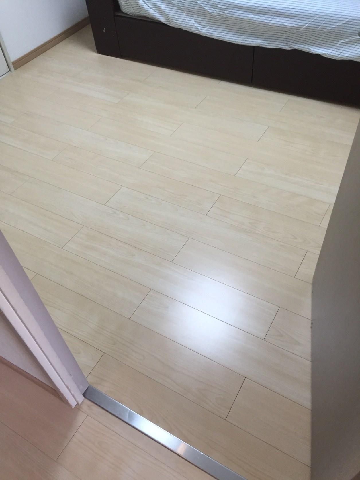 メローバーチ柄ダイケンオト床アート3-1