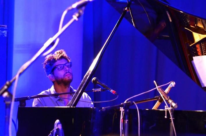 אסף שתיל, אקדמאי בפסנתרים. צילום: יובל אראל