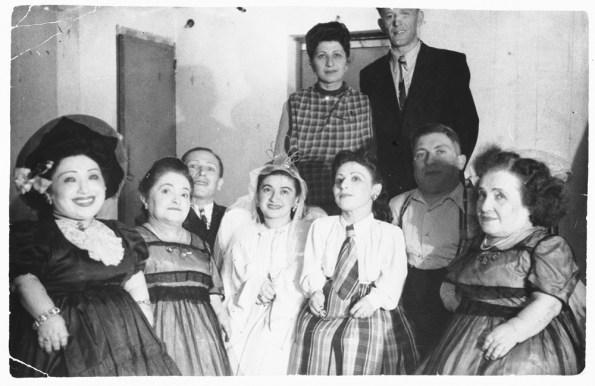 משפחת אוביץ, שחזור תמונה - דנה ליקוורניק