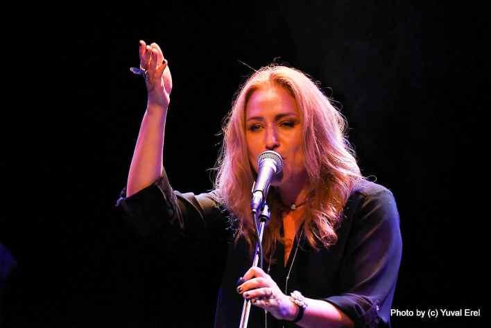 סול צבי, זמרת יוצרת. צילום יובל אראל