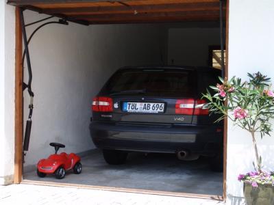 Mein kleines Auto in der Garage