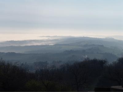 Morgennebel in der Toskana