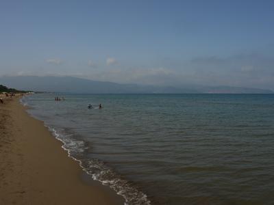Super leerer Strand in der Toskana