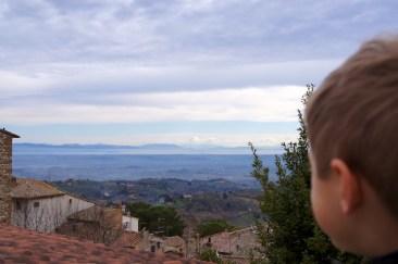 Yves piace il panorama di Montepulciano