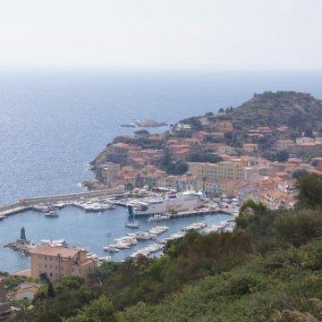 Il porto dell'Isola del Giglio