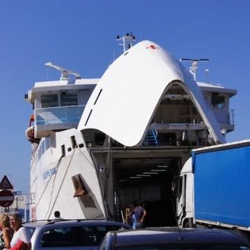 Il traghetto è pronto per imbarcare