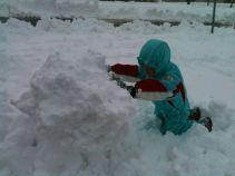 Che bello giocare con la neve
