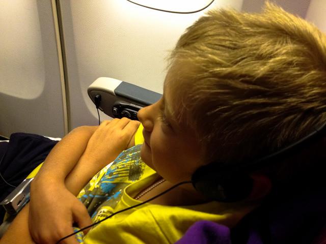 Yves vola nella 747 della TG verso Roma...