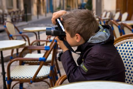 I'm taking pictures of Lourmarin