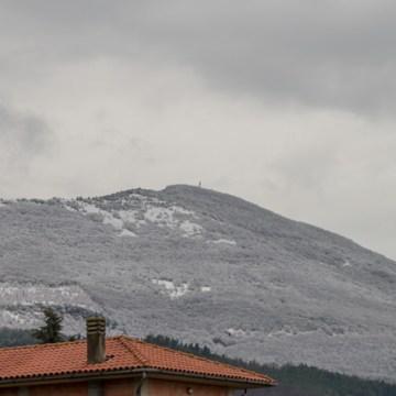 Il Monte Cetona è innevato...