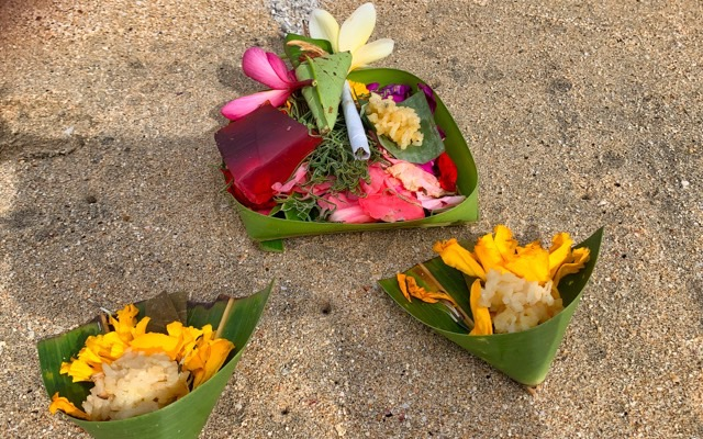 The Balinese people made their offerings with a lot of care