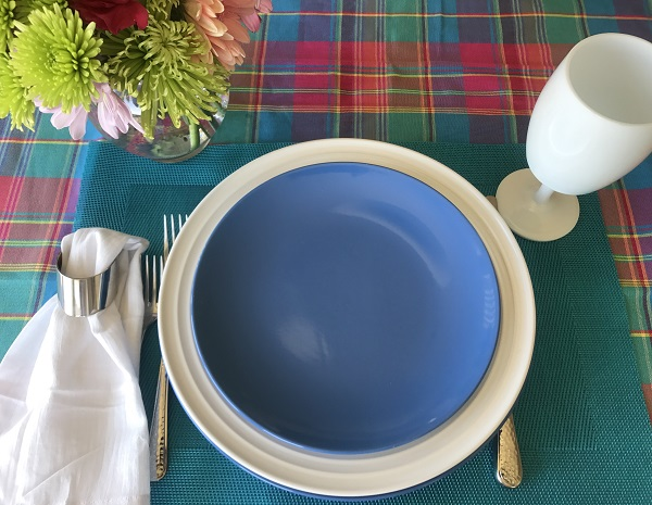 Tabletop Tuesday: Summer Plaid