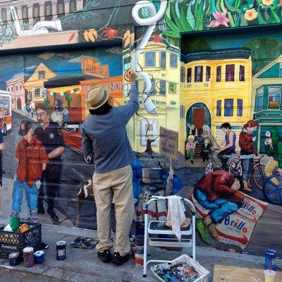 Found Fridays: wall murals